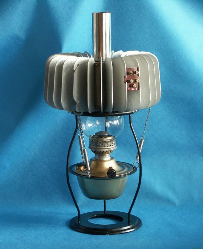 Фото Термоэлектрический генератор «Партизанская лампа»